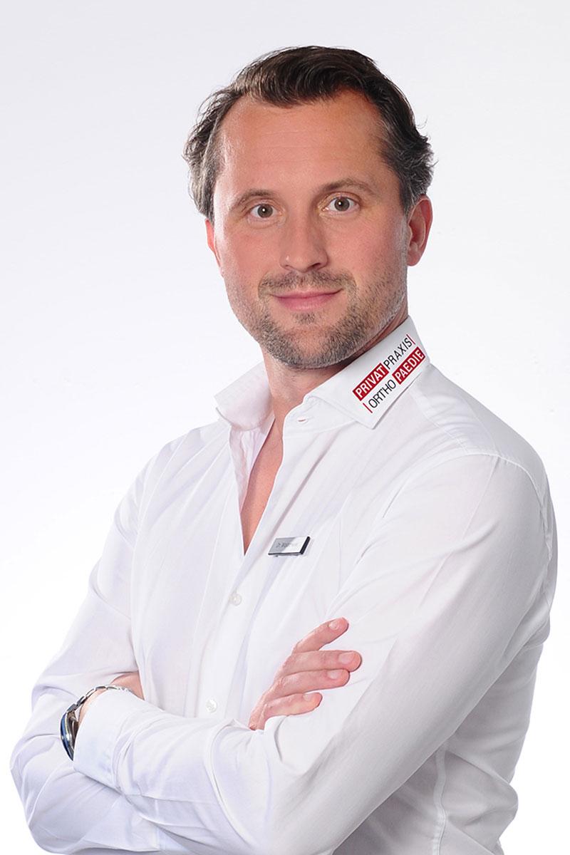 Dr. med. Bartosz Wojanowski