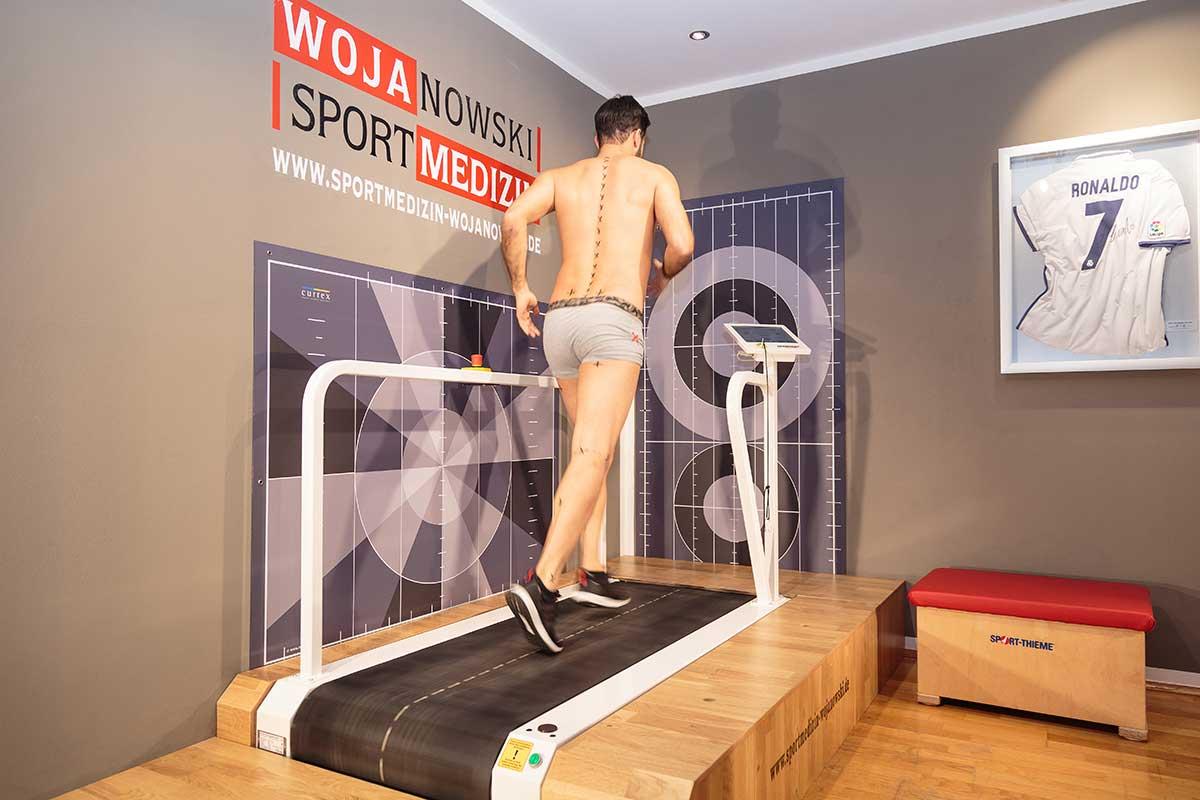 Sportmedizinische-Bewegungsanalyse-Laufanalyse-Wojanowski Dortmund